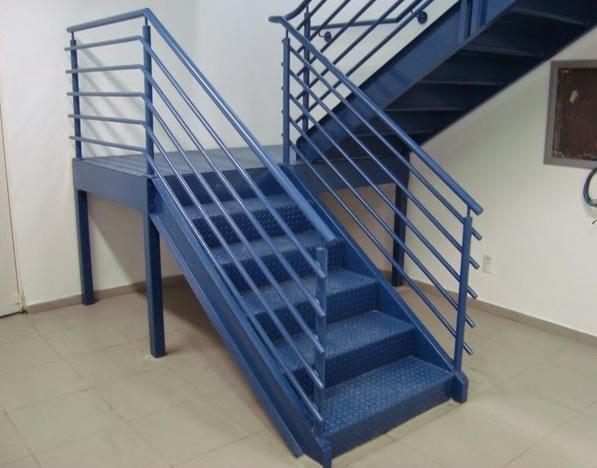 Escadas met lica serralheria de cachoeiro escada de ferro - Escalera caracol usada ...